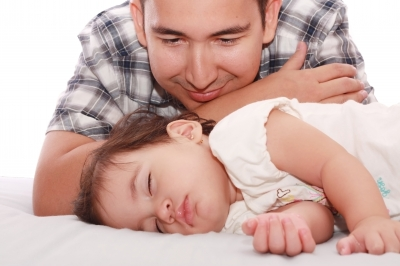 Engaged Dads Reduce Postnatal Disturbances in Infants