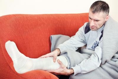 broken leg cast