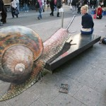 optical illusion giant snail